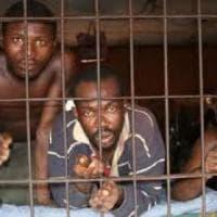 Pena di morte, tre esecuzioni in Nigeria, mentre in Iran mozzano le dita