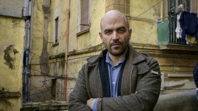 """Saviano: """"Ambulanti e pizzo: la loro ribellione è segno di speranza, ma Napoli non è cambiata"""""""