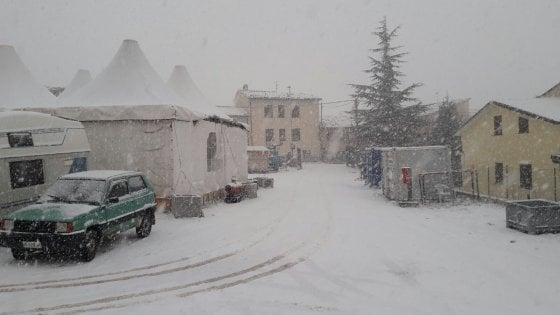 Maltempo, l'Italia nella morsa del freddo: neve e vento da Nord a Sud
