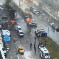 Turchia, attentato a Smirne: autobomba esplode davanti al tribunale
