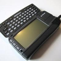 IPhone 10 anni: Jobs cambiò il mondo con l'iPhone, ma gli smartphone erano