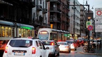 """Smog, """"Chi vive vicino al traffico  rischia danni al cervello"""""""