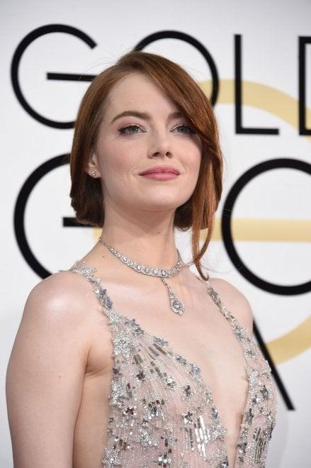 """Emma Stone trionfa con 'La La Land': """"Attori, non mollate mai"""""""