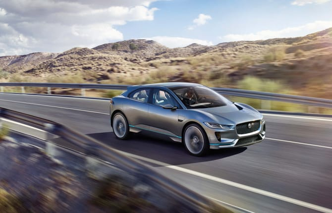Jaguar Land Rover sempre più connessa