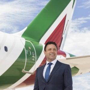 Alitalia, i sindacati infuriati scrivono al governo: un incontro non è più rinviabile