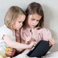 """""""Via smartphone e tablet dalle mani dei bambini. Rischiano la sindrome da occhio secco"""""""