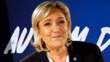 """Marine Le Pen riunisce """"lEuropa di Trump"""" in nome della rottura delleuro"""