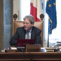 """Unioni civili, Cdm approva i decreti: """"Ora sono legge"""". Gentiloni: """"Le riforme non si..."""