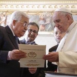Medio Oriente, Abu Mazen dal Papa. Domani a Parigi la conferenza sulla Palestina: Israele e Usa assenti