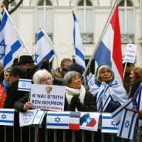 """Medio oriente, da Parigi appello per la soluzione dei due Stati. Netanyahu: """"Allontana la..."""