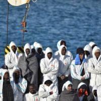 """Migranti, allarme aumento di minori. Mattarella: """"Una realtà che interroga le coscienze """""""