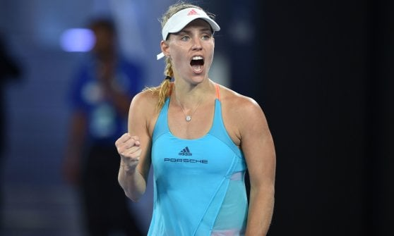 Tennis, Australian Open: debutto vincente per Murray e Federer, avanti Lorenzi e Seppi