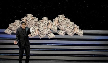 "Maradona strega il San Carlo  ""Qui mi sento a casa""   ft     video"