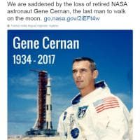 Addio a Eugene Cernan, l'ultimo uomo a camminare sulla Luna