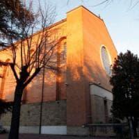 Padova, sesso in canonica: