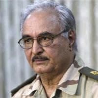 """Libia, Haftar sfida l'Italia: """"Non accettiamo i vostri aiuti. Andatevene da Tripoli e..."""