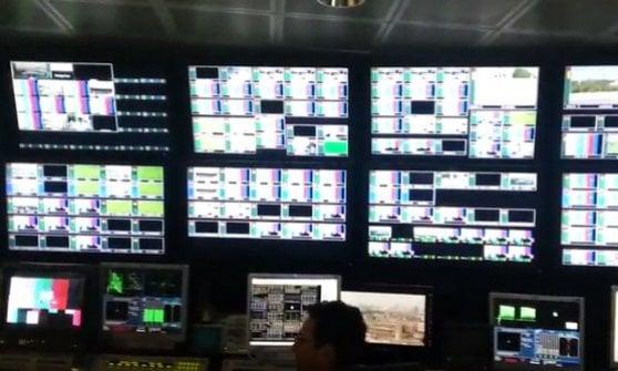 Sky annuncia 200 esuberi. In 300 trasferiti da Roma a Milano
