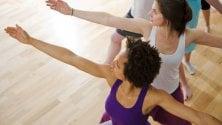 Yoga, funziona anche  contro il mal di schiena  di AGNESE FERRARA