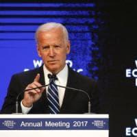 """Biden a Davos: """"Russia minaccia l'ordine mondiale. Nato è bastione, Usa non possono..."""