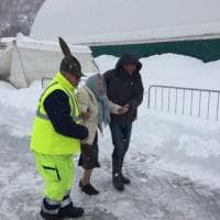 Terremoto, neve e strade bloccate: l'emergenza dei comuni colpiti dal sisma