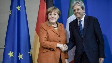 """Gentiloni incontra Merkel a Berlino Su Fca: """"Noi decidiamo con nostre leggi"""""""