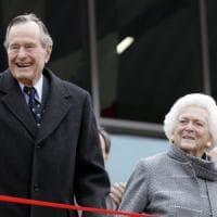 George Bush padre ricoverato in ospedale: l'ex presidente Usa è in terapia