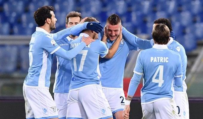 Lazio, poker al Genoa: ora l'Inter ai quarti   foto