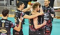 Perugia rimane in testa battuto Belgorod al tie break