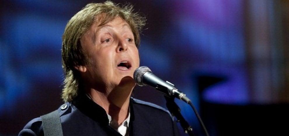 McCartney fa causa alla Sony, rivuole le canzoni scritte per i Beatles