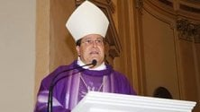 Il vescovo, il suo amante e l'eredità nascosta