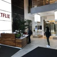 Netflix: boom di abbonamenti. L'anno magico della tv in streaming