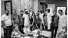 Apre il ristorante   che dà lavoro a immigrati detenuti e giovani  delle periferie