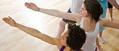Yoga, funziona contro il mal di schiena   Foto : i cinque passi consigliati   di AGNESE FERRARA