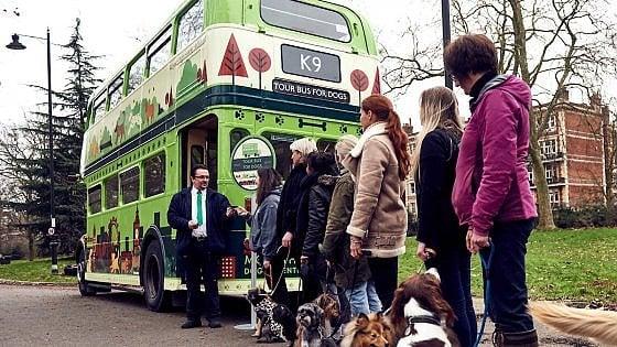 A Londra il primo city bus tour