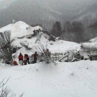 Valanga Rigopiano, il liveblog del nostro inviato dall'hotel distrutto