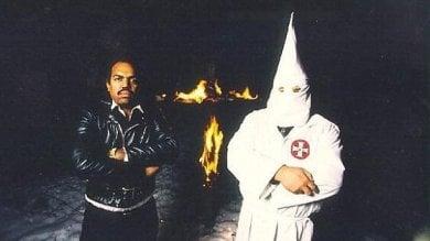 """Il cantante nero che parla al Ku Klux Klan """"Trump non fa paura, non si potrà tacere"""""""
