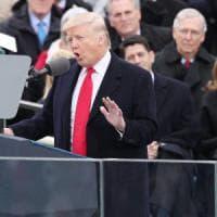 """Donald Trump ha giurato da presidente degli Usa. """"Con me il potere torna dalle èlite al..."""