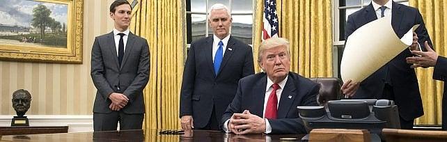 """Trump si insedia: """"Potere torna al popolo""""   video   Firmato  primo decreto  per ridurre Obamacare"""