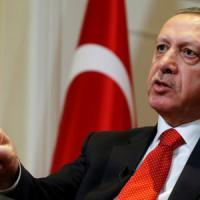 La Turchia approva il presidenzialismo di Erdogan: ad aprile referendum