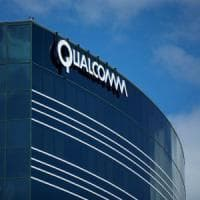 Apple fa causa a Qualcomm: chiede 1 miliardo di dollari