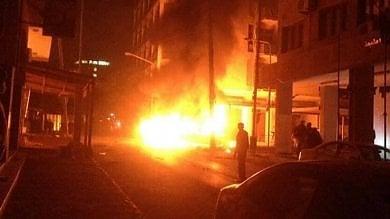 Caos a Tripoli, esplode autobomba  nei pressi dell'ambasciata italiana