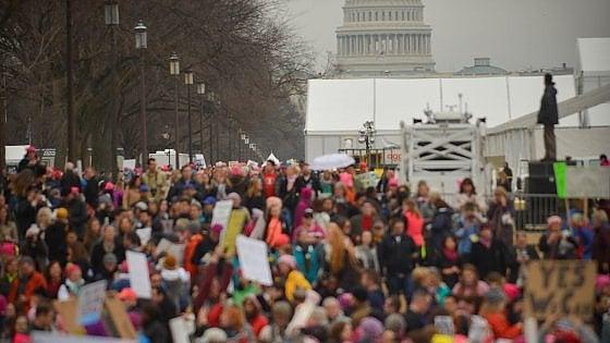 Marcia anti Trump, donne in piazza in tutto il mondo. A Washington in 500 mila