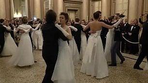"""Il ballo delle debuttanti """"Siamo principesse moderne"""""""