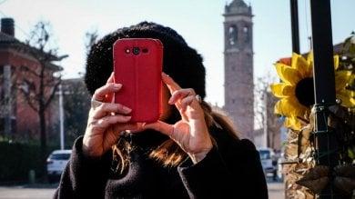 """Bergamo, tutto il paese in chat   video    """"Così fermiamo i ladri con WhatsApp"""""""
