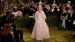 Dior: la femminilità realistica di Maria Grazia Chiuri    Guarda la sfilata