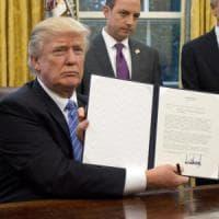 Trump alza il primo muro: stop al Tpp, l'accordo trans-Pacifico