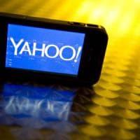 Yahoo stretta fra attacchi hacker e ritardi nella vendita a Verizon. Ma i conti vanno bene