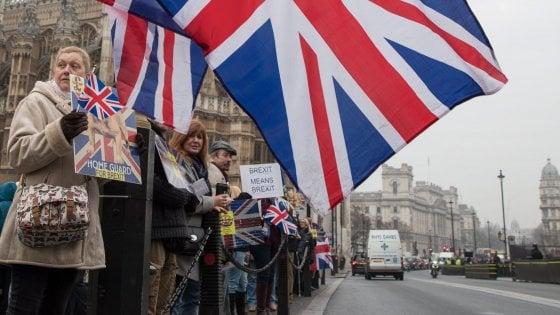 """Brexit, respinto il ricorso del governo May: """"Deve votare il Parlamento"""""""