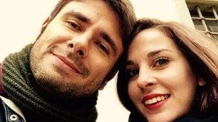 """Di Battista, selfie col nuovo amore """"Lei è Sahra, rispettate privacy"""""""