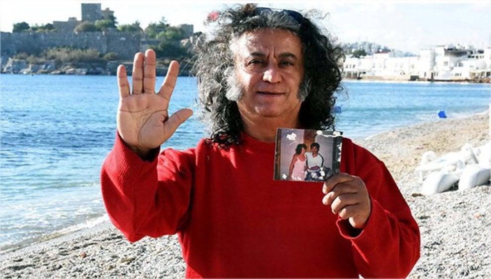 Cantante folk turco: 'Sono il padre di Adele'